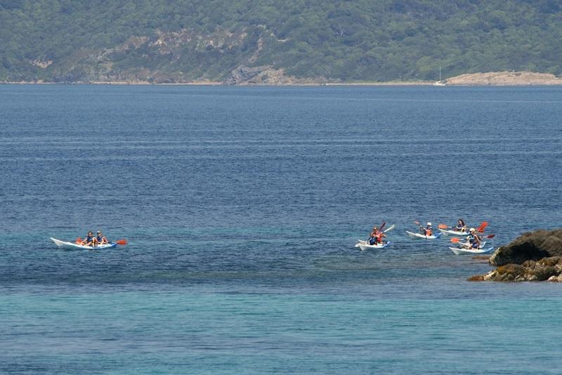 Kayak en Corse entre amis