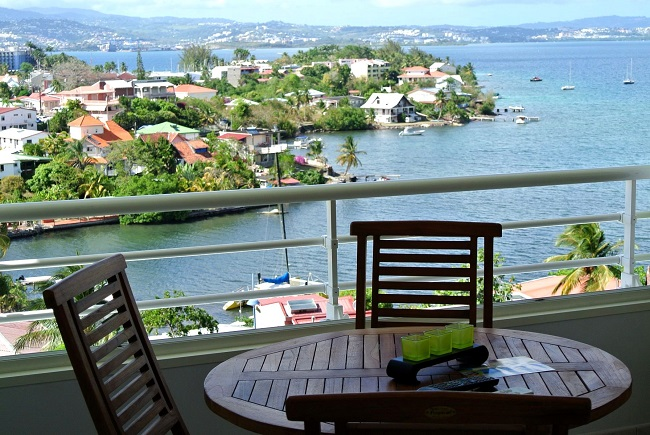 Petite terrasse en bord de mer
