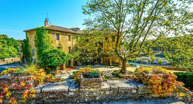 Maison en pierre en Provence