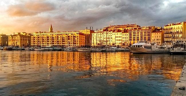 Marseille au coucher du soleil