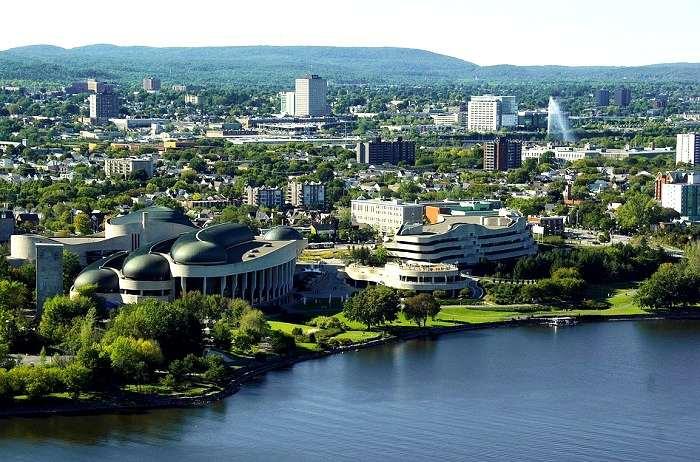 Magnifique panorama de la ville d'Ottawa en Ontario