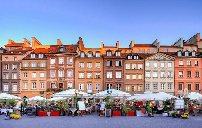 Balade dans la vieille ville de Varsovie en Pologne